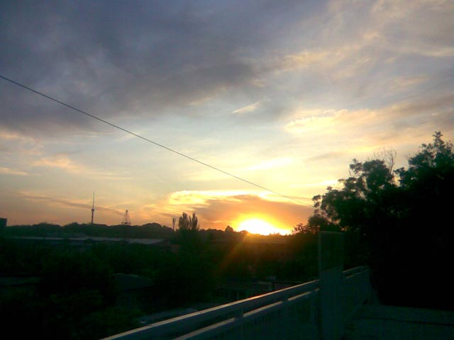 Закат - солнце почти село