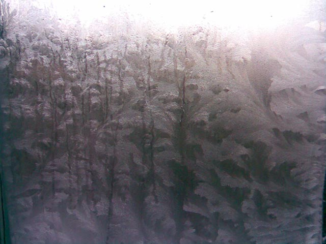 Узоры на окне