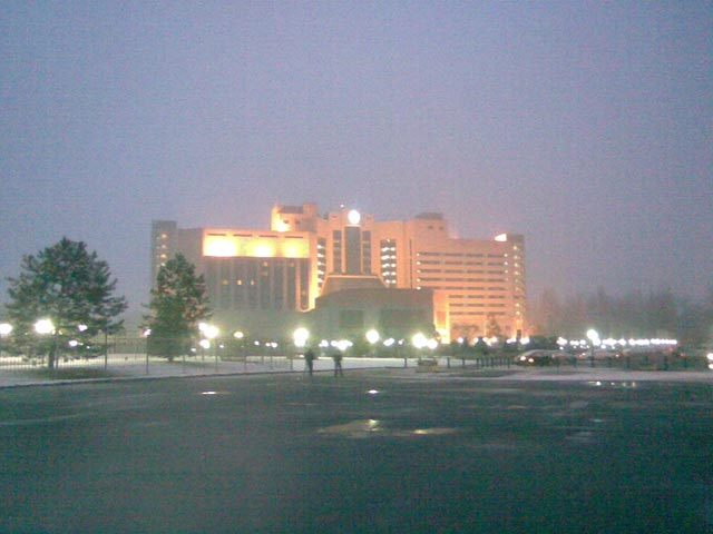 Идет снег, гостиница