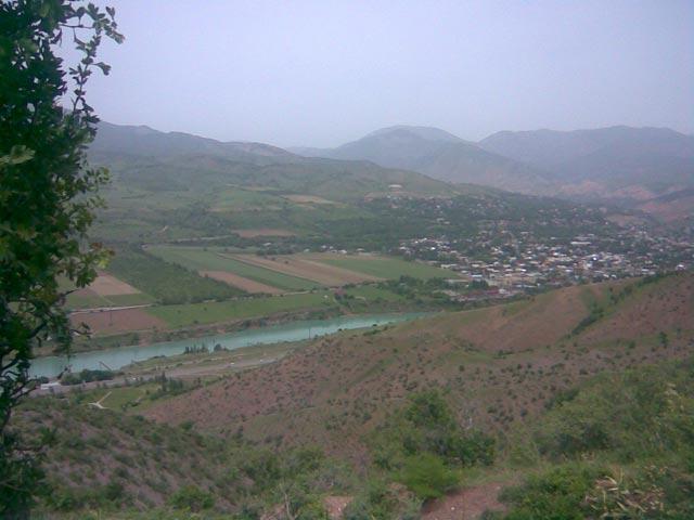 река чирчик с высоты 200 метров