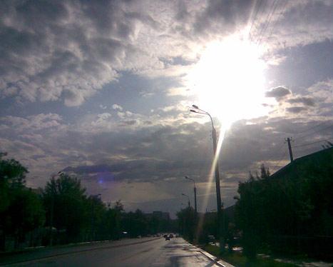 Яркий луч света